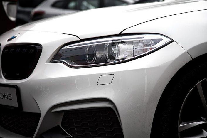Jak wypolerować reflektory w swoim BMW?