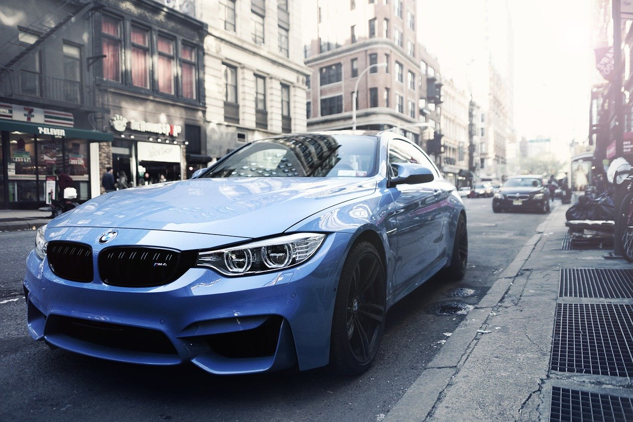 Jak przygotować swoje BMW do długiej trasy?