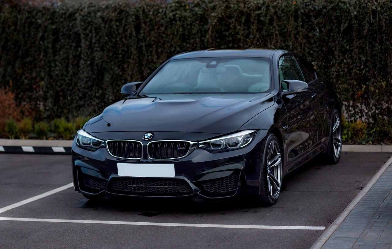 Jak często wymieniać płyn hamulcowy w BMW?